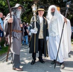 Mace bearer and staff holders