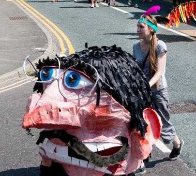 Parade Big Head 2