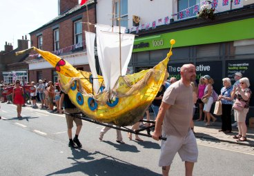 Parade boat 2