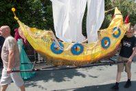 Parade boat