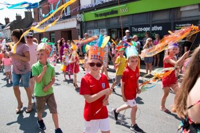 Parade hats streamers